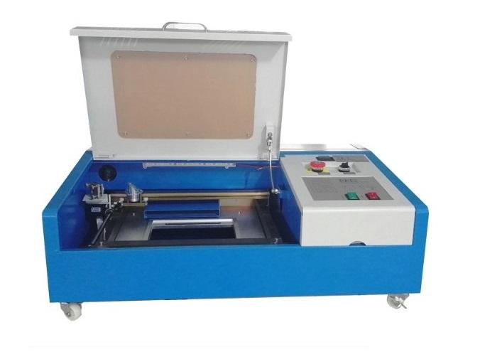 Machine de découpe et gravure LASER GS3020 40W